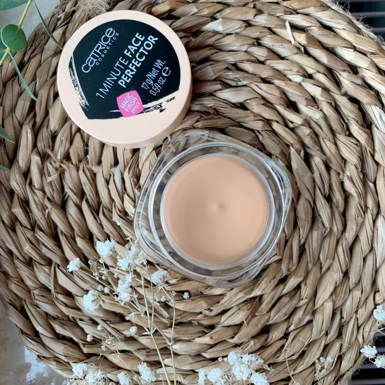Catrice ONE MINUTE FACE PERFECTOR