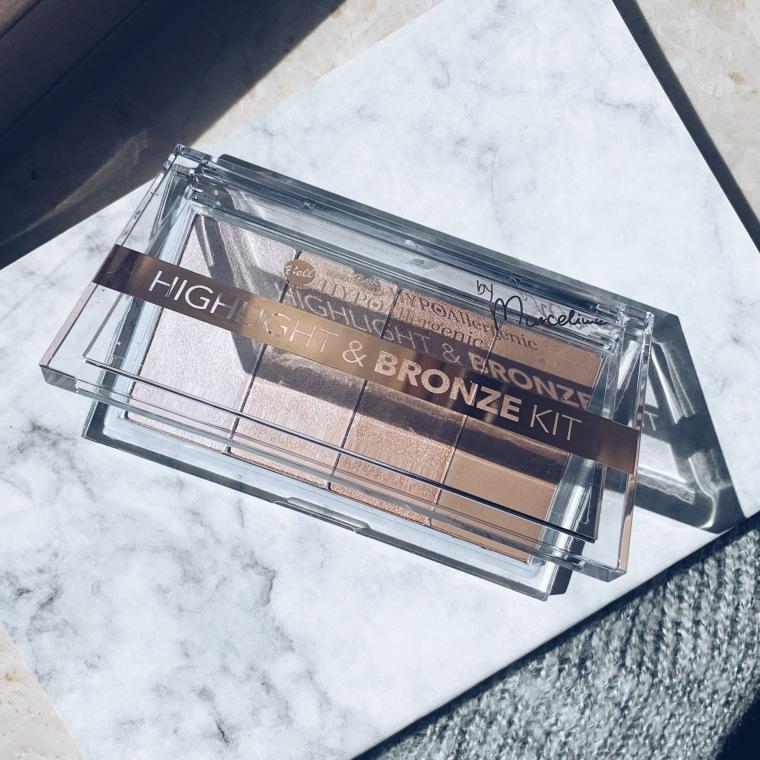 Bell Hypoallergenic Paleta rozświetlaczy i bronzera Highlight&Bronze Kit
