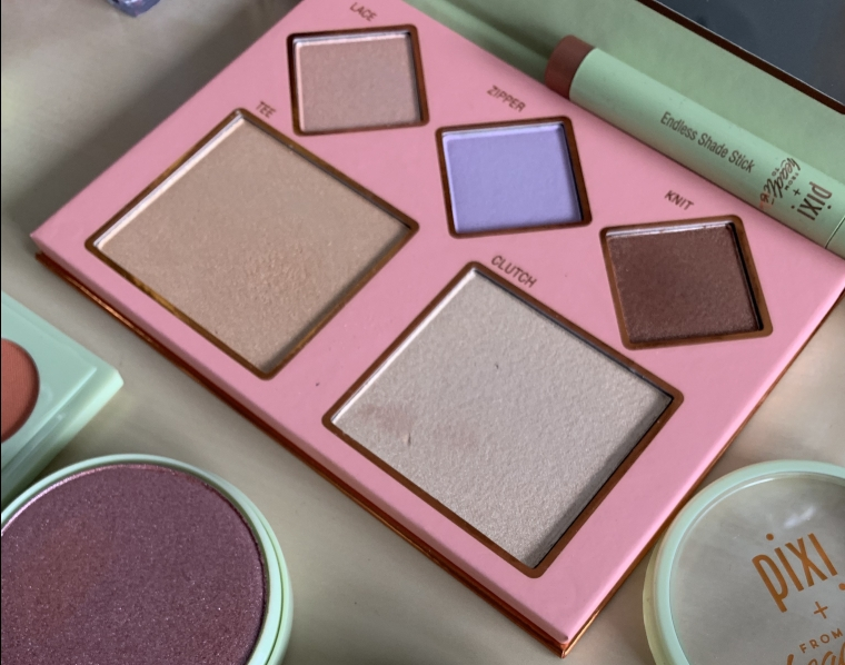PIXI #pixipretties THE LAYERS HIGHLIGHTING PALETTE